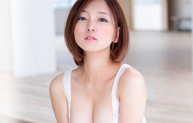〔変態ドM〕色白の可愛い美少女がAVデビュー!初の撮影で感じる姿をハメ撮り撮影!