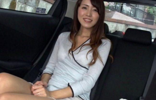 【素人ナンパ企画】美人妻を声掛けナンパ!そのまま即ハメセックスで感じる姿をハメ撮り撮影!