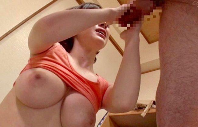 〔デカチン〕甥っ子の童貞を卒業される淫乱痴女のお姉さんw巨根に寝取られ感じる巨乳の美女をハメ撮りエッチを激写w