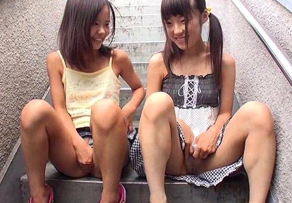 〔ミニ系〕ロリマニアのガチ映像w貧乳っぱいの幼女体型の美少女とのエッチなお遊びの一部始終を激写
