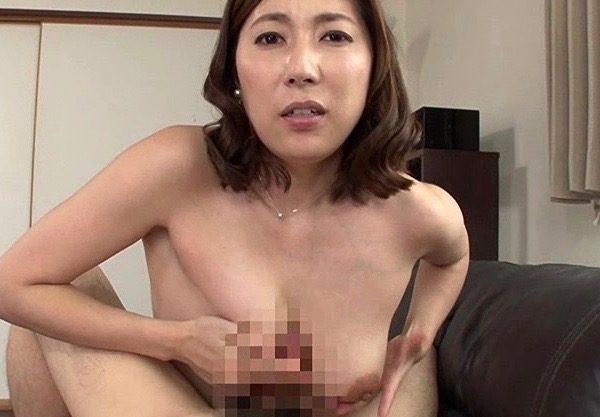〔熟女×人妻〕爆乳おっぱいのおばさんと濃厚セックスw主婦のNTRセックスをハメ撮りw主婦が膣内発射されお掃除フェラ!