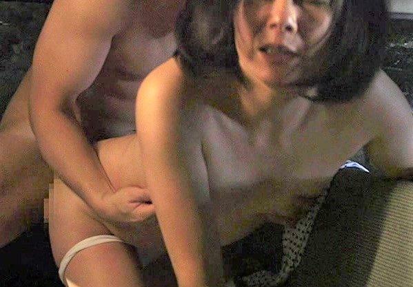 【熟女人妻】五十路の美熟女の不倫を描いたエロスドラマ♡犯され寝取られる姿をハメ撮りしたエロ動画!