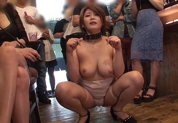 見世物、慰み者として調教された美女を公開調教セックス♡